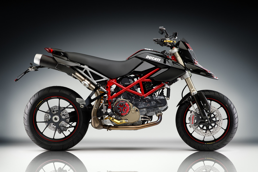 Picture for category Hypermotard