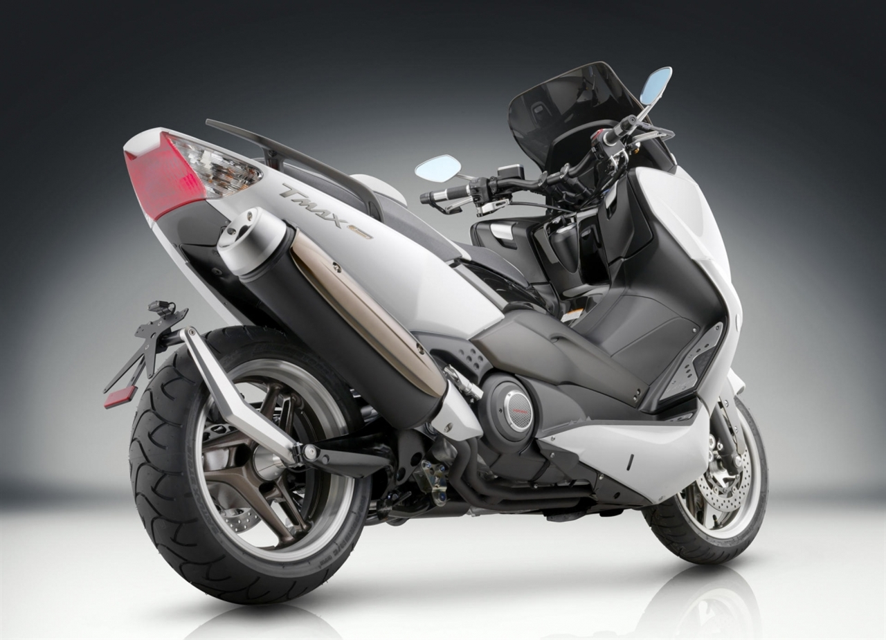 Picture for category T-MAX 500 (2008-2011)